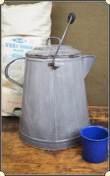 z Sold EXTRA EXTRA large Chuck Wagon Coffee pot