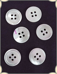 Buttons ~ Pearl Buttons Pack of 6