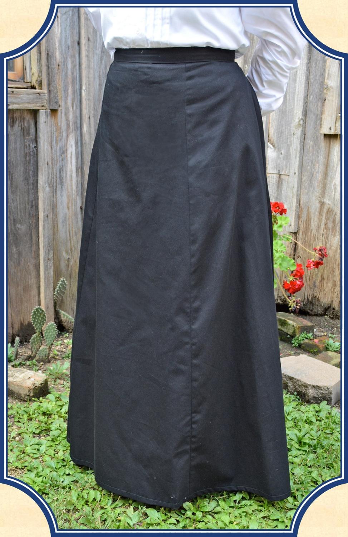 1880s Back Pleated Victorian Walking Skirt In Black