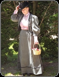 Late Victorian or Edwardian Ladies Grey Outfit