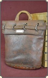 z Sold Antique Express & Postal Service Registered pouch with original lock.
