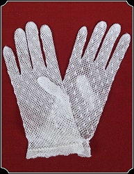 Gloves - Large Child or Young Ladies White Gloves