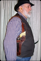 Hey LEFTY Shoulder Holster Copied from Al Furstnow's Sheriff's Lightning rig 7.5