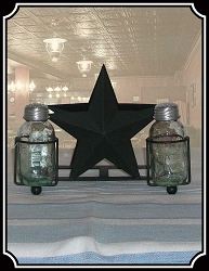 Star Salt Pepper and Napkin Caddy