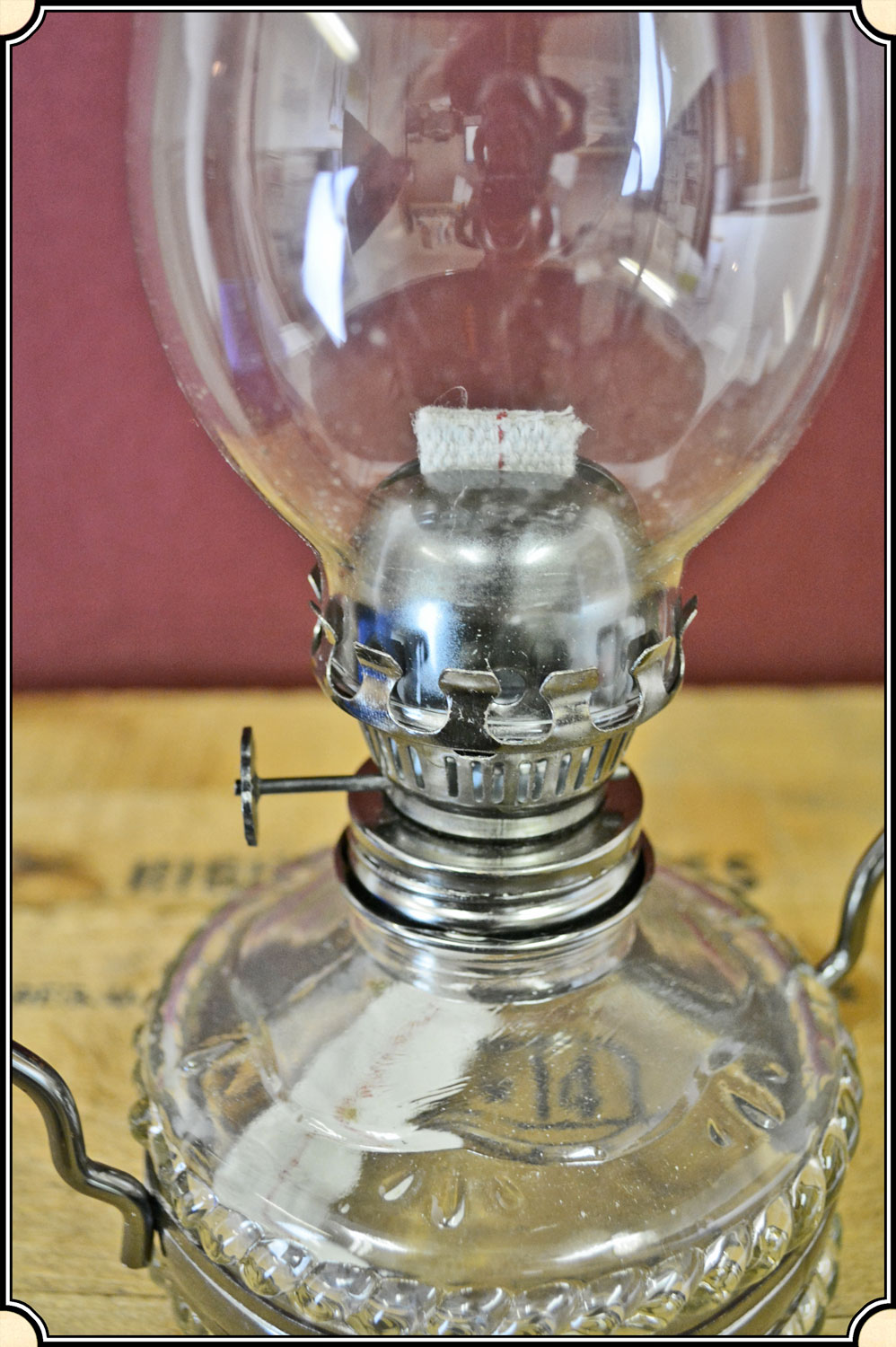 hanging victorian style oil or kerosene lamp small
