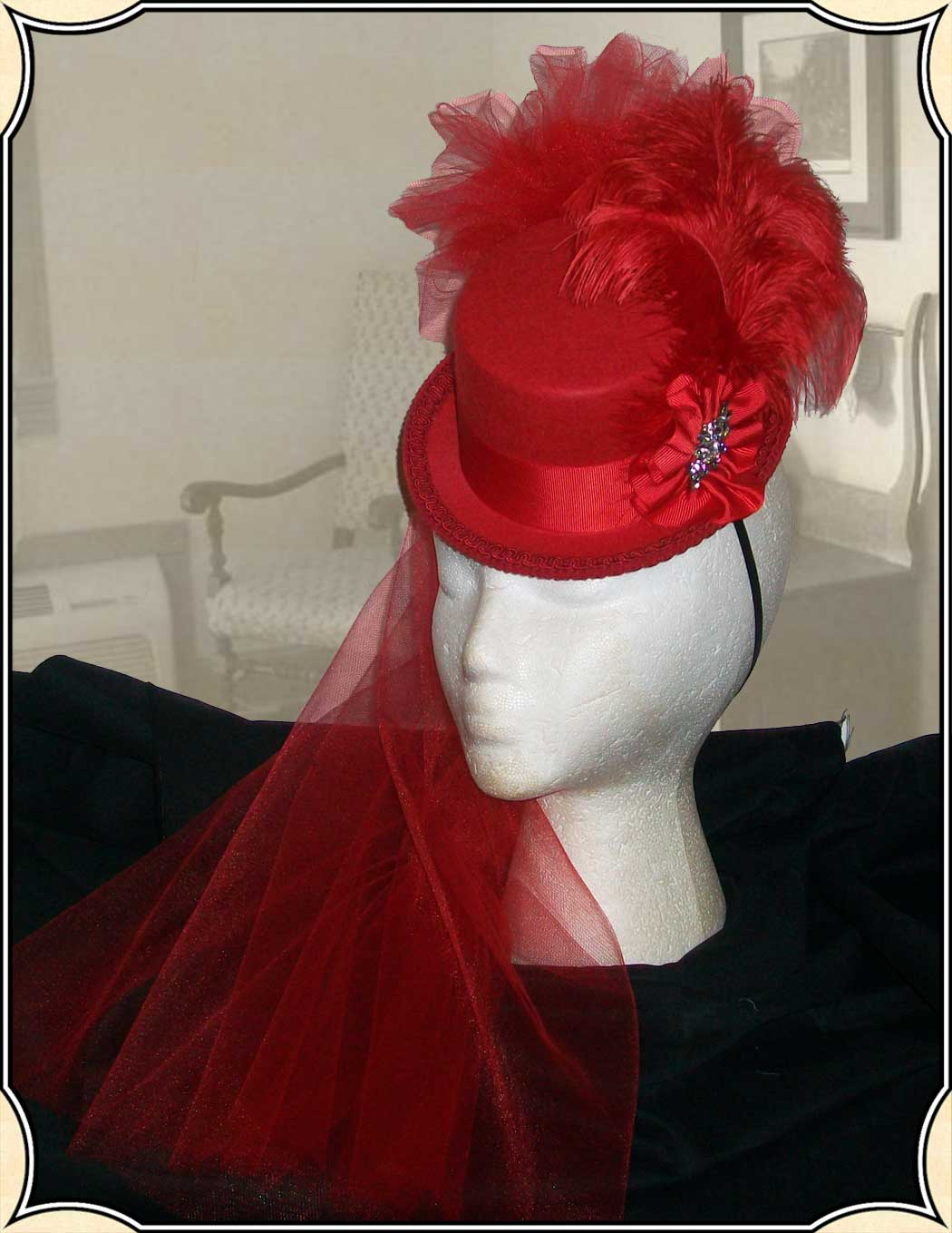 Petite Victorian Riding Top Hat Red-on-Red Old West - Steampunk f81a2fed6ce
