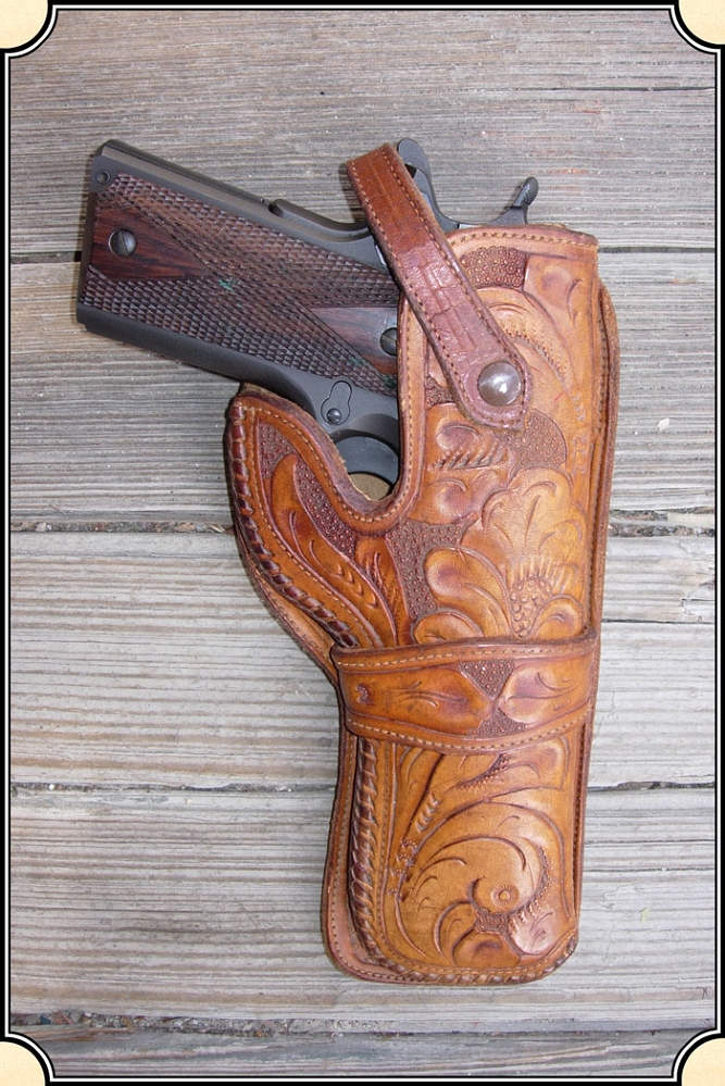 z Sold ~ Holster - Mexican loop holster for a Colt 1911