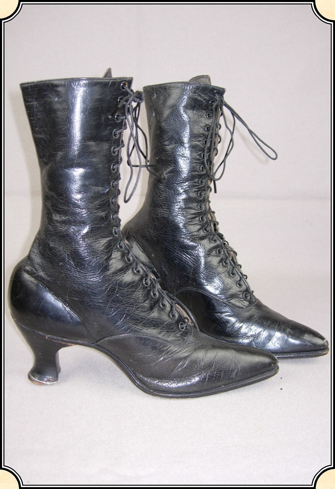 ladies antique high top laced shoes