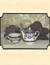 z-Sold Tea Pot - Blue Roses Tea for One