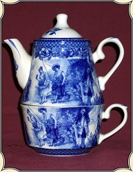 Tea Pot - Blue Victorian Garden Tea for One