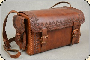 z Sold Medium size Gear bag in hand style leather
