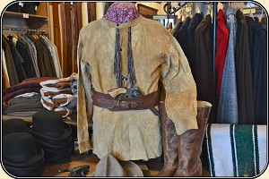 (Make Offer) Museum Quality original brain tanned  buckskin Frontier Scout Shirt.