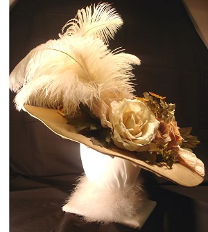 z Sold ~ Ladies Victorian Hat - Late 1800s to Turn of the Century