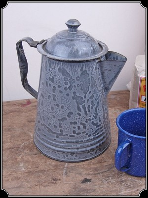 Z Sold Speckled Old West Style Coffee Pot