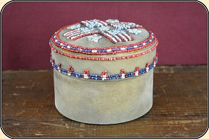 Z-Sold Native American Round beaded box