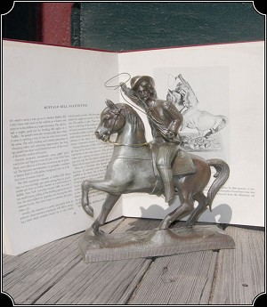 z Sold ~ Buffalo Bill Statue, Souvenir of his Wild West Show.