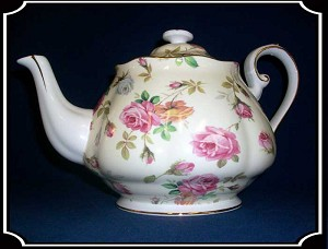 Tea Pot - Victorian Porcelain Rose